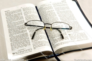 bible eyeglasses.